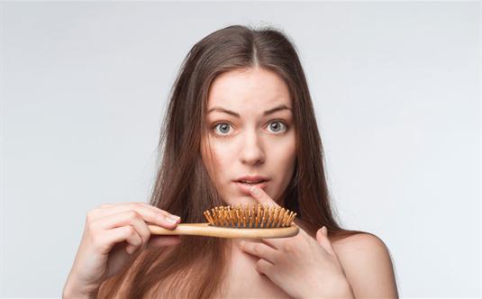 Mezoterapija plaukams: kaip turėti gražius ir žvilgančius plaukus
