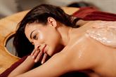 Ajurvedinis masažas - nauda kūnui ir sielai