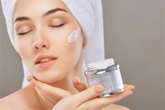 Kosmetikos gaminių sudėtis - į ką atkreipti dėmesį ir ko vengti?