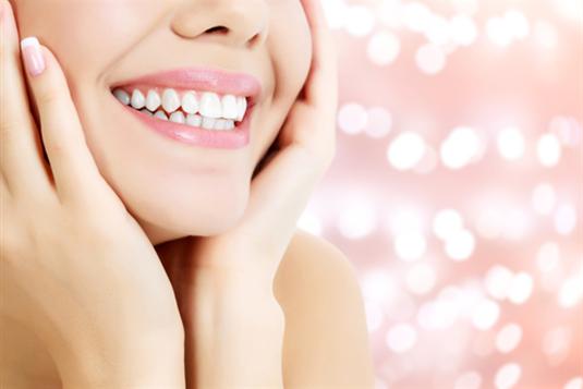 Dantų balinimas: atsakymai į visus kylančius klausimus