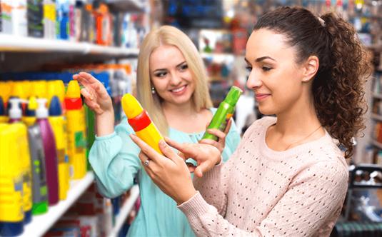 Sausas šampūnas: pavojai, apie kuriuos nutyli grožio industrija