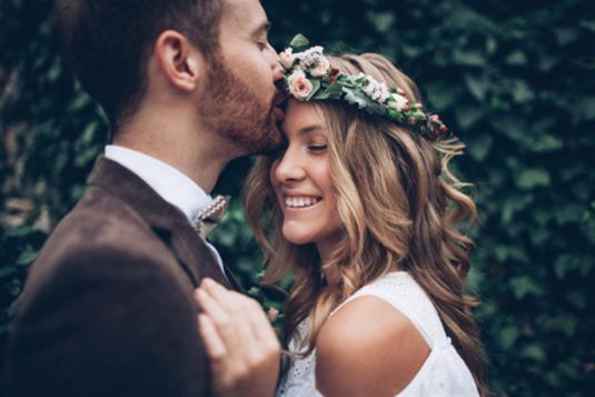Vestuvinės šukuosenos: 2019 metų tendencijos