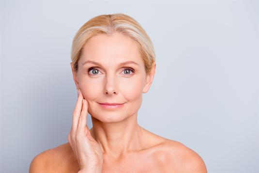 Norite lygios, skaisčios odos? Išbandykite šiuos veido jauninimo būdus