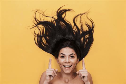 Jojoba aliejus plaukams: kaip naudoti ir kodėl jis toks naudingas