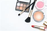 5 grožio produktai, kurie turi būti tavo šventinėje kosmetinėje
