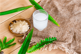 Ryžių vanduo plaukams – kokia jo nauda ir kaip pasigaminti namuose?