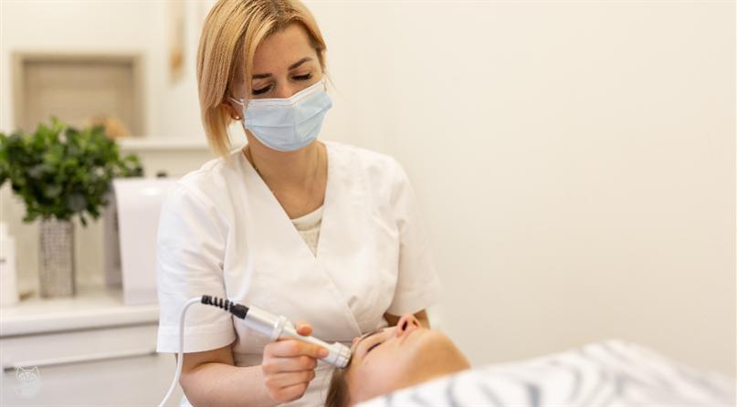 Fabio - terapeutė, kosmetologė Oksana