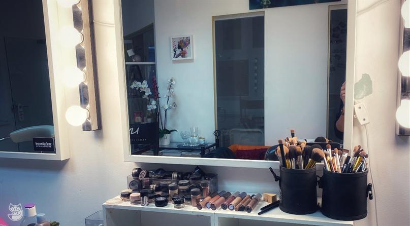 Ss makeup